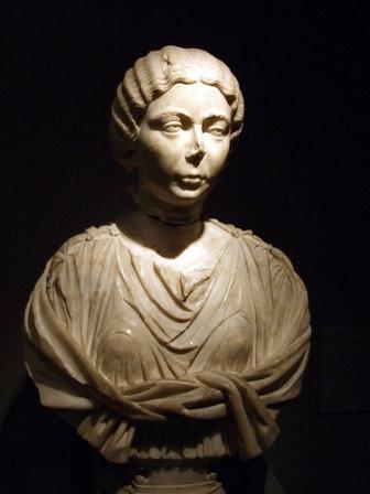 Priscilla-statueancientromanwoman2ndcenturyADBarcelona